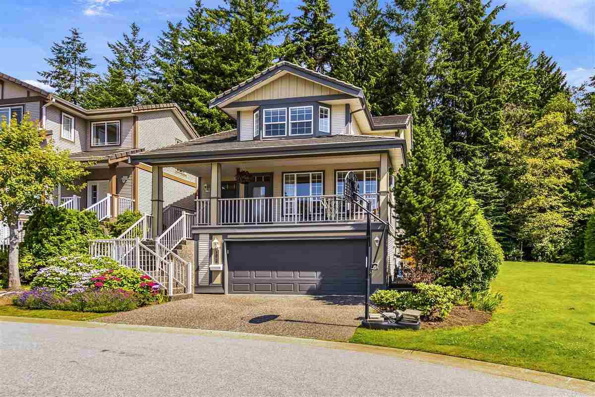 "Main Photo: 1838 HAMPTON Green in Coquitlam: Westwood Plateau House for sale in ""HAMPTON ESTATES"" : MLS®# R2389656"