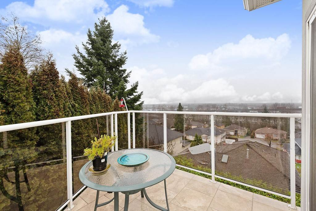 "Main Photo: 8221 NECHAKO Drive in Delta: Nordel House for sale in ""Nordel"" (N. Delta)  : MLS®# R2448598"