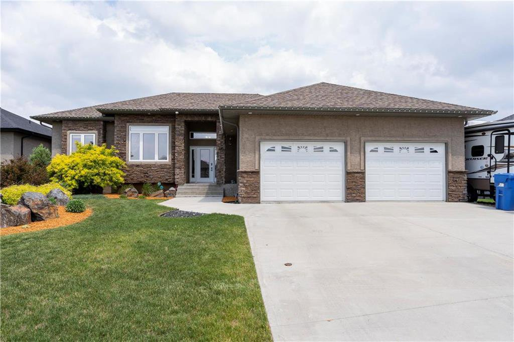 Welcome to 50 Claremont Road in Niverville.