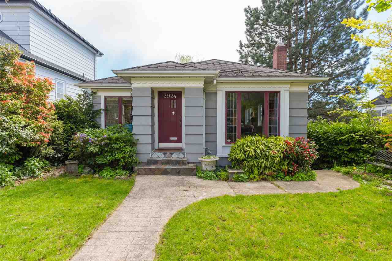 "Main Photo: 3924 W 24TH Avenue in Vancouver: Dunbar House for sale in ""Beautiful West of Dunbar"" (Vancouver West)  : MLS®# R2400778"