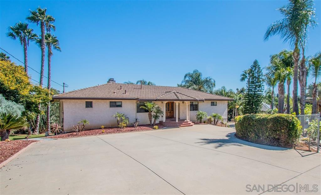 Main Photo: EL CAJON House for sale : 4 bedrooms : 1453 Chase Lane