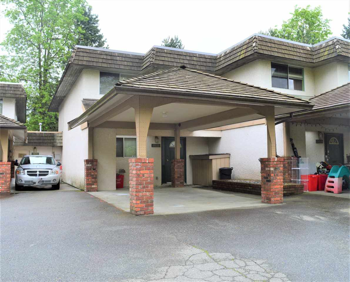 Main Photo: 11672 RITCHIE Avenue in Maple Ridge: East Central Townhouse for sale : MLS®# R2456205