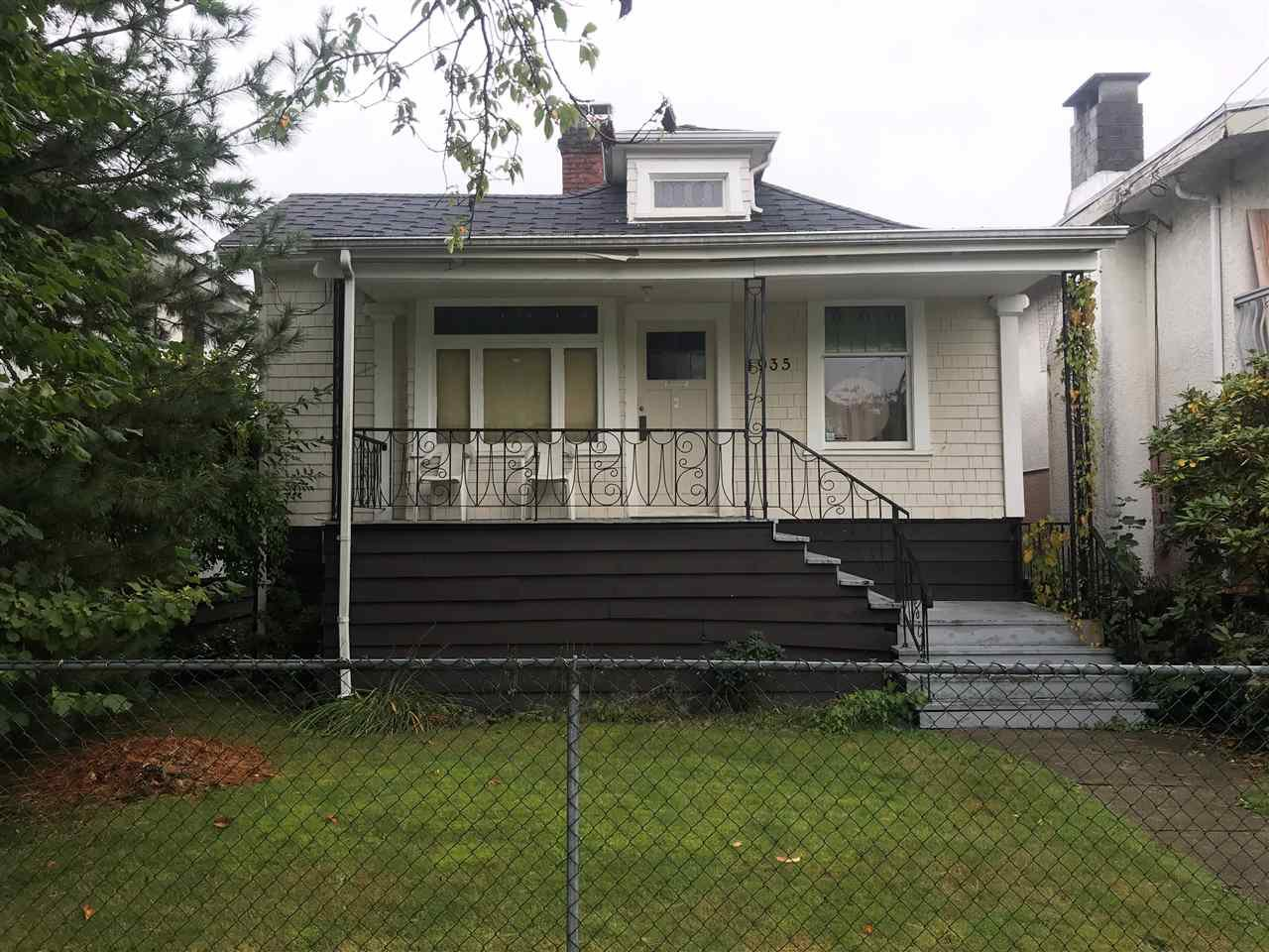 Main Photo: 4935 MOSS Street in Vancouver: Collingwood VE House for sale (Vancouver East)  : MLS®# R2509862