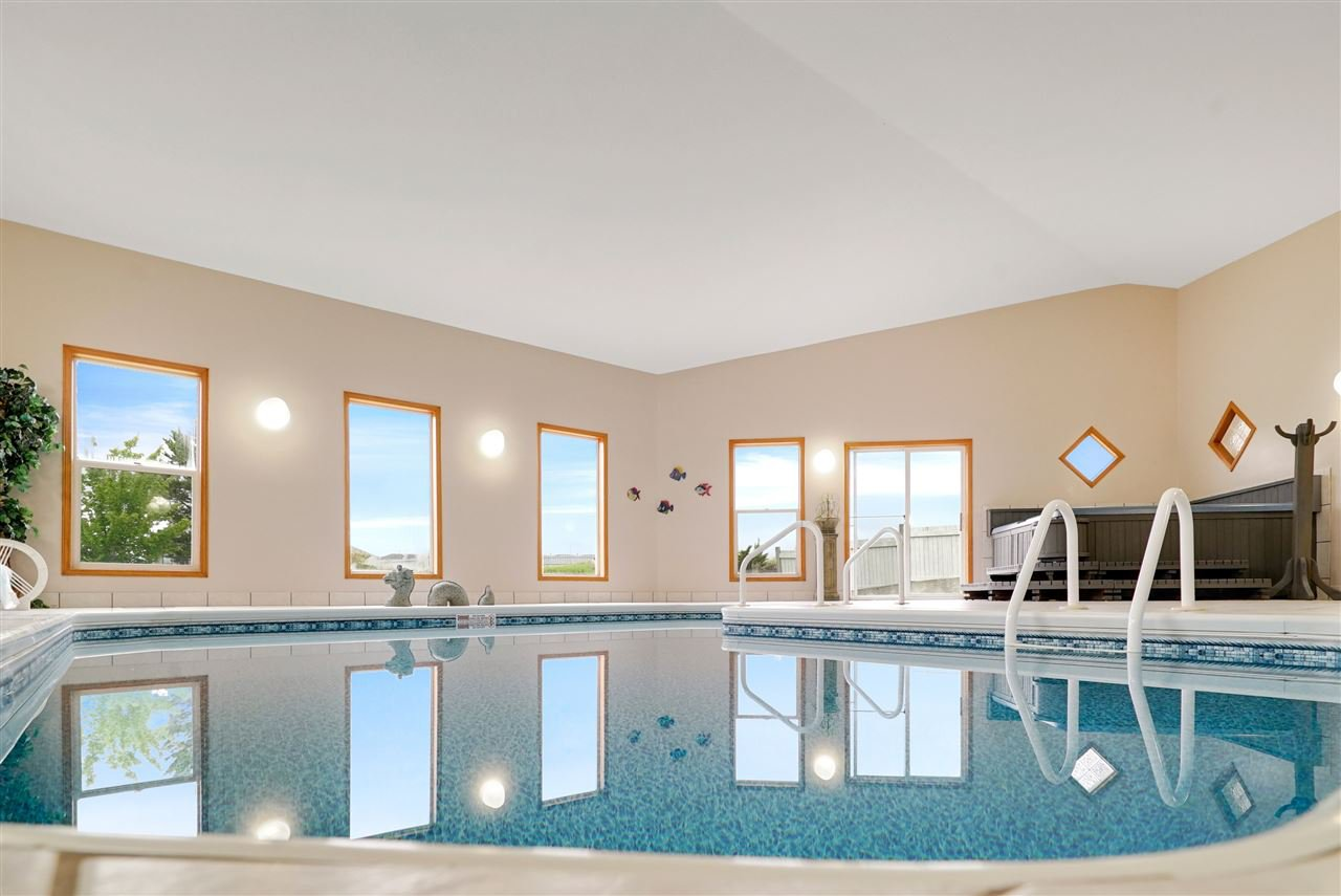 Main Photo: 26 52304 RGE RD 233: Rural Strathcona County House for sale : MLS®# E4167121