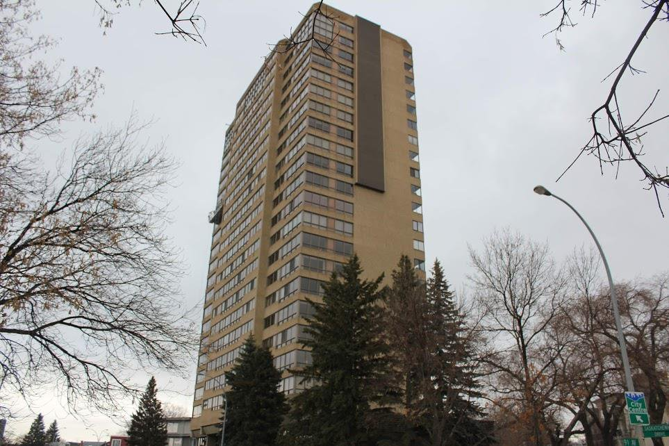 Main Photo: 201 9929 SASKATCHEWAN Drive in Edmonton: Zone 15 Condo for sale : MLS®# E4183073