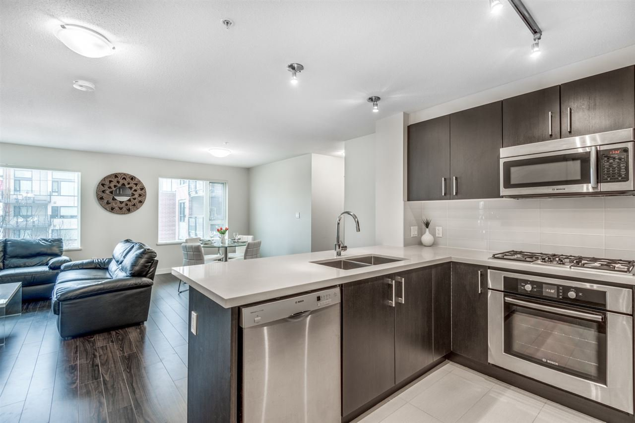 """Main Photo: 321 3133 RIVERWALK Avenue in Vancouver: South Marine Condo for sale in """"New Water"""" (Vancouver East)  : MLS®# R2429695"""