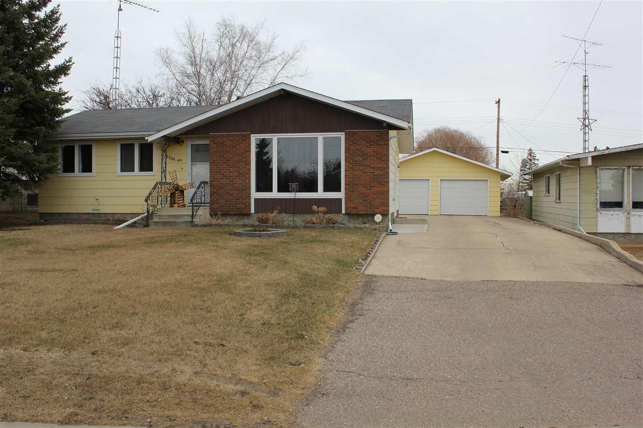 Main Photo: 5505 49 Street: Elk Point House for sale : MLS®# E4189398