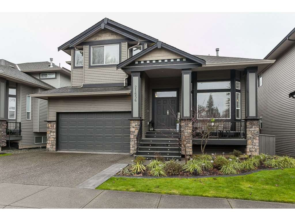 "Main Photo: 21656 91 Avenue in Langley: Walnut Grove House for sale in ""Madison Park"" : MLS®# R2441594"