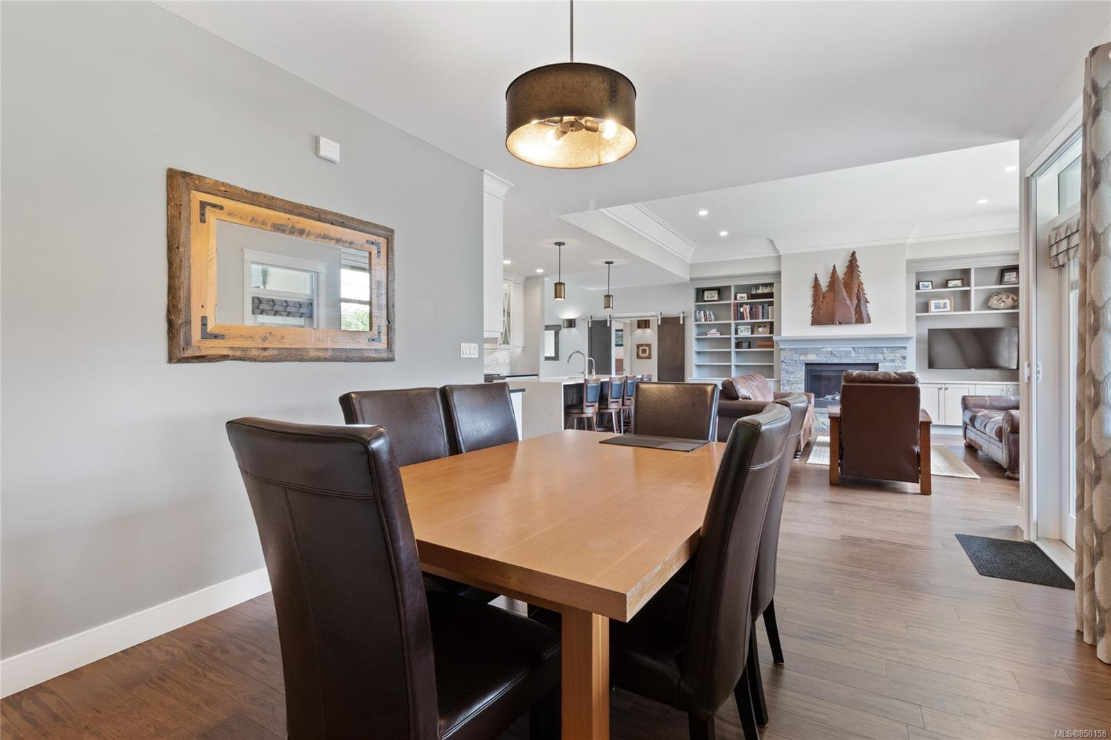 Photo 13: Photos: 3228 Majestic Dr in : CV Crown Isle House for sale (Comox Valley)  : MLS®# 850158