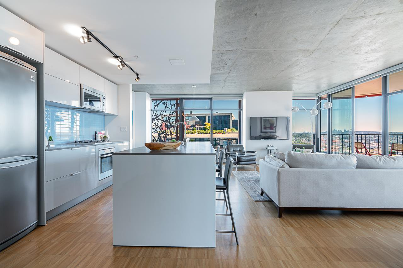 Main Photo: 3406 128 W CORDOVA Street in Vancouver: Downtown VW Condo for sale (Vancouver West)  : MLS®# R2498820