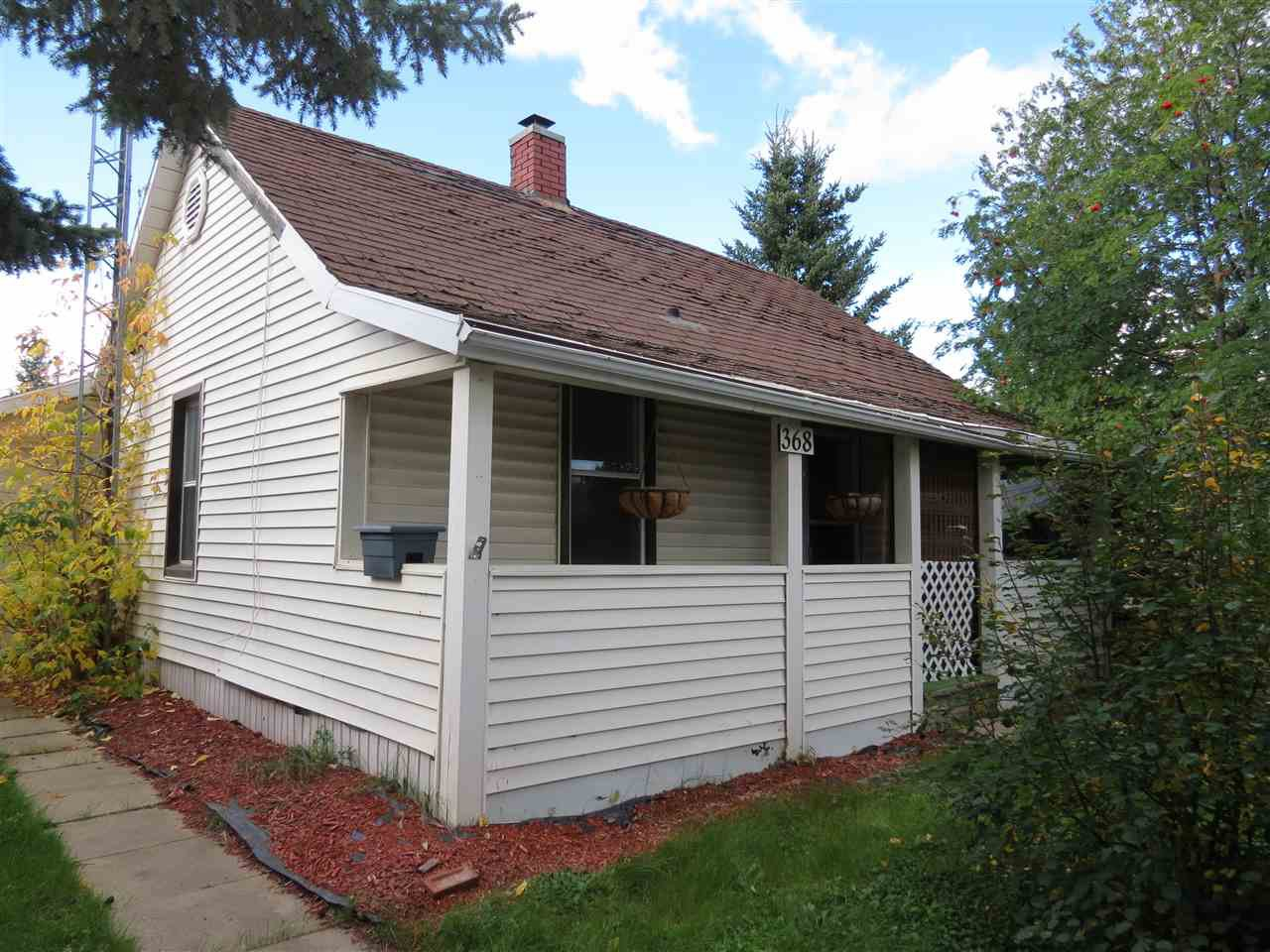 Main Photo: 368 West Railway Drive: Smoky Lake Town House for sale : MLS®# E4174701