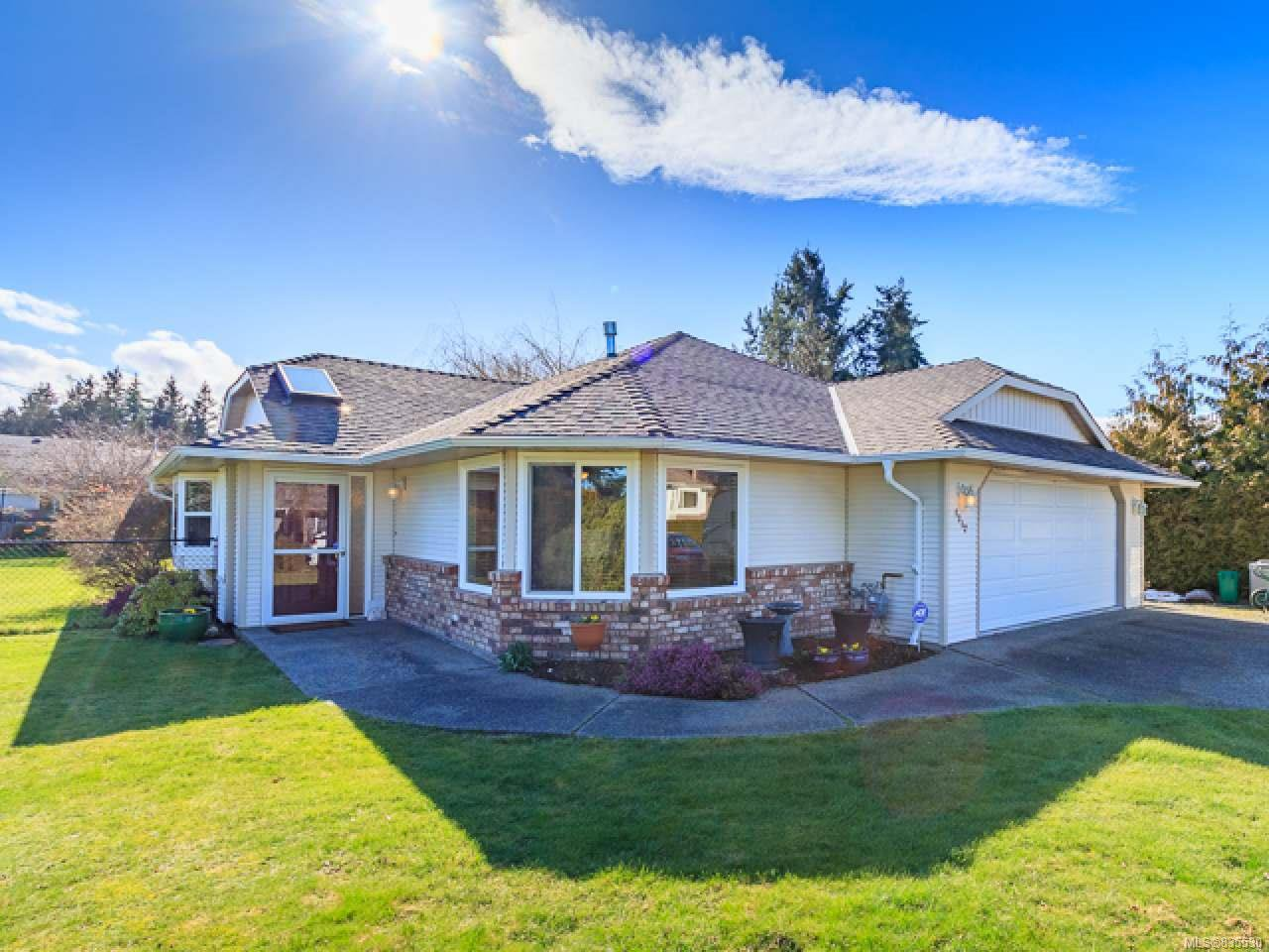 Main Photo: 1312 Boultbee Dr in FRENCH CREEK: PQ French Creek House for sale (Parksville/Qualicum)  : MLS®# 835530
