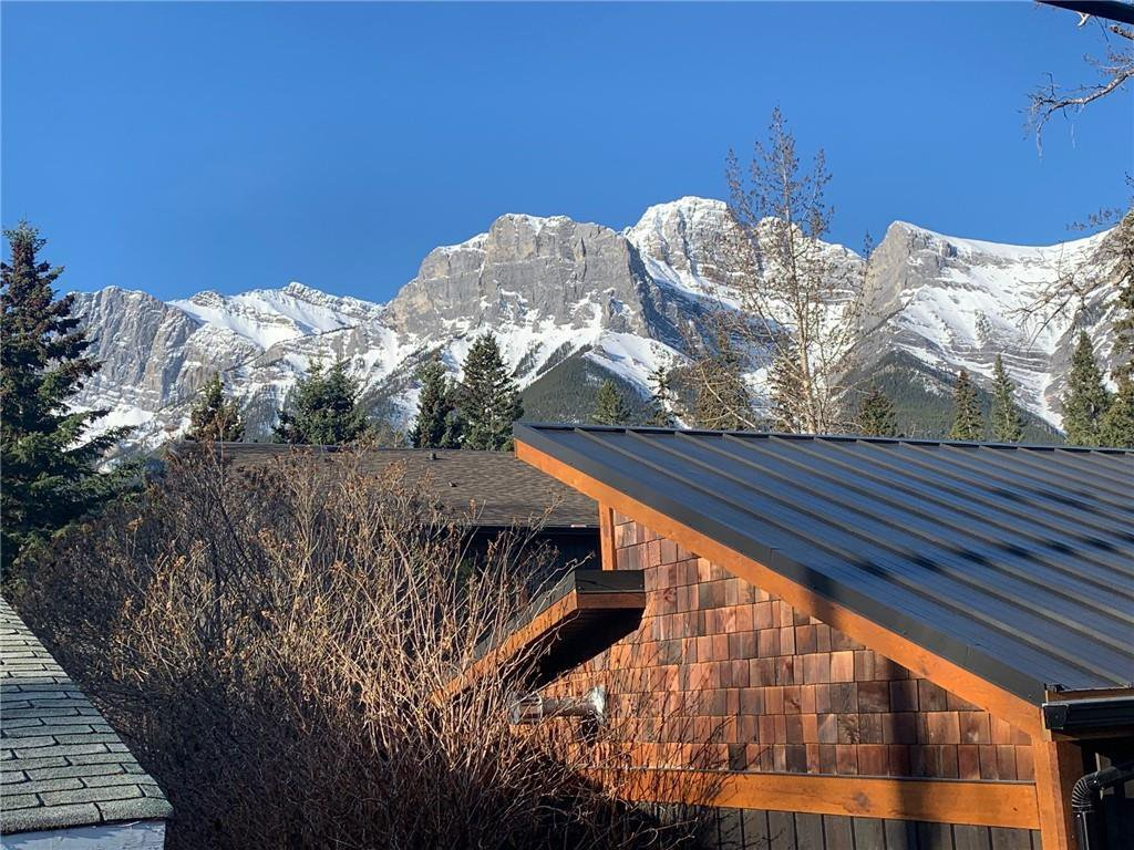 Main Photo: 706 2 Street: Canmore Land for sale : MLS®# C4296106