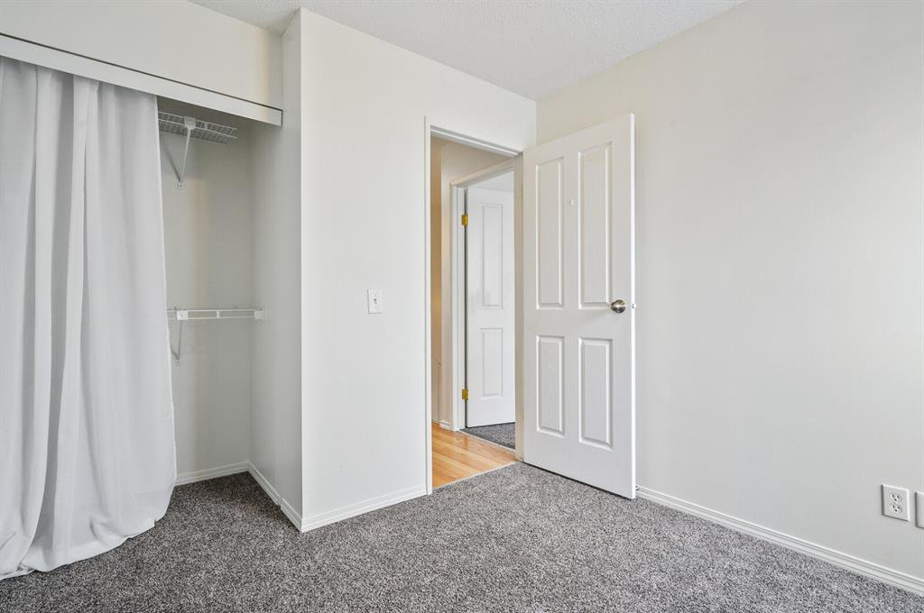 Photo 12: Photos: 37 100 Pennsylvania Road SE in Calgary: Penbrooke Meadows Row/Townhouse for sale : MLS®# A1049358
