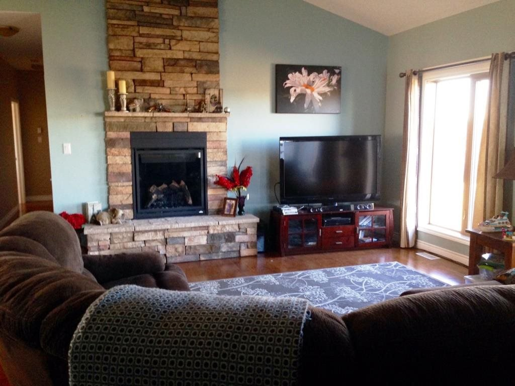 """Photo 2: Photos: 6 6550 OLD ALASKA Highway in Fort Nelson: Fort Nelson - Rural House for sale in """"COOPER COUNTRY ESTATES"""" (Fort Nelson (Zone 64))  : MLS®# R2062814"""