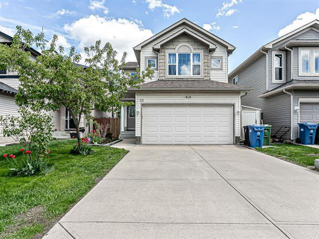 Main Photo: 26 BRIDLECREST Road SW in Calgary: Bridlewood Detached for sale : MLS®# C4302285