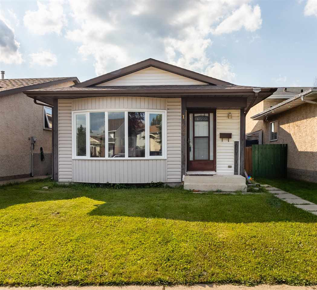 Main Photo: 15624 84 Street in Edmonton: Zone 28 House for sale : MLS®# E4168971