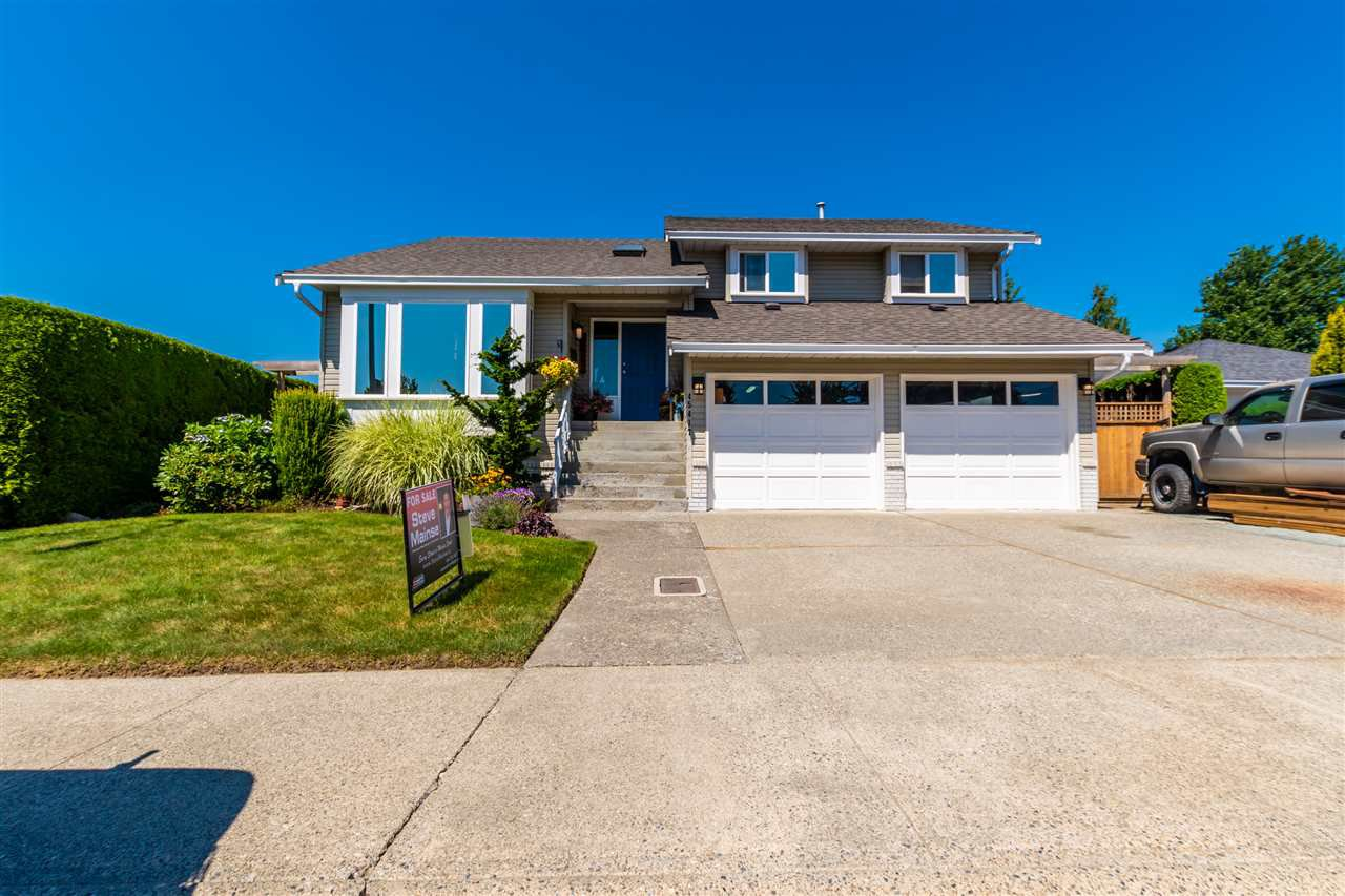 "Main Photo: 45417 CARRIAGE Way in Chilliwack: Sardis West Vedder Rd House for sale in ""WELLS LANDING"" (Sardis)  : MLS®# R2481888"