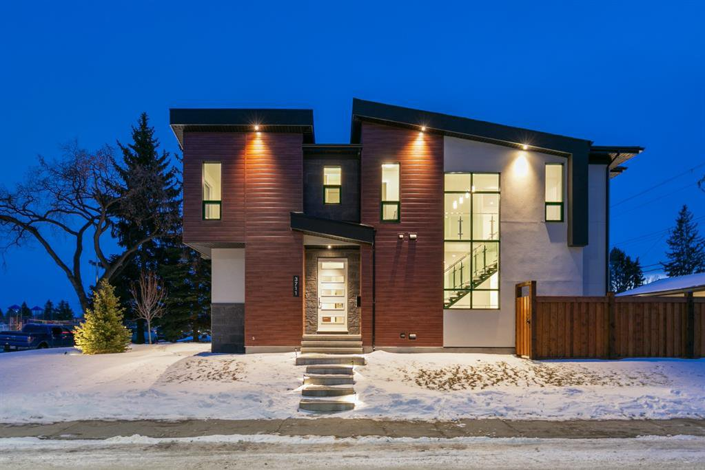 Main Photo: 3003 36 Street SW in Calgary: Killarney/Glengarry Semi Detached for sale : MLS®# A1024057