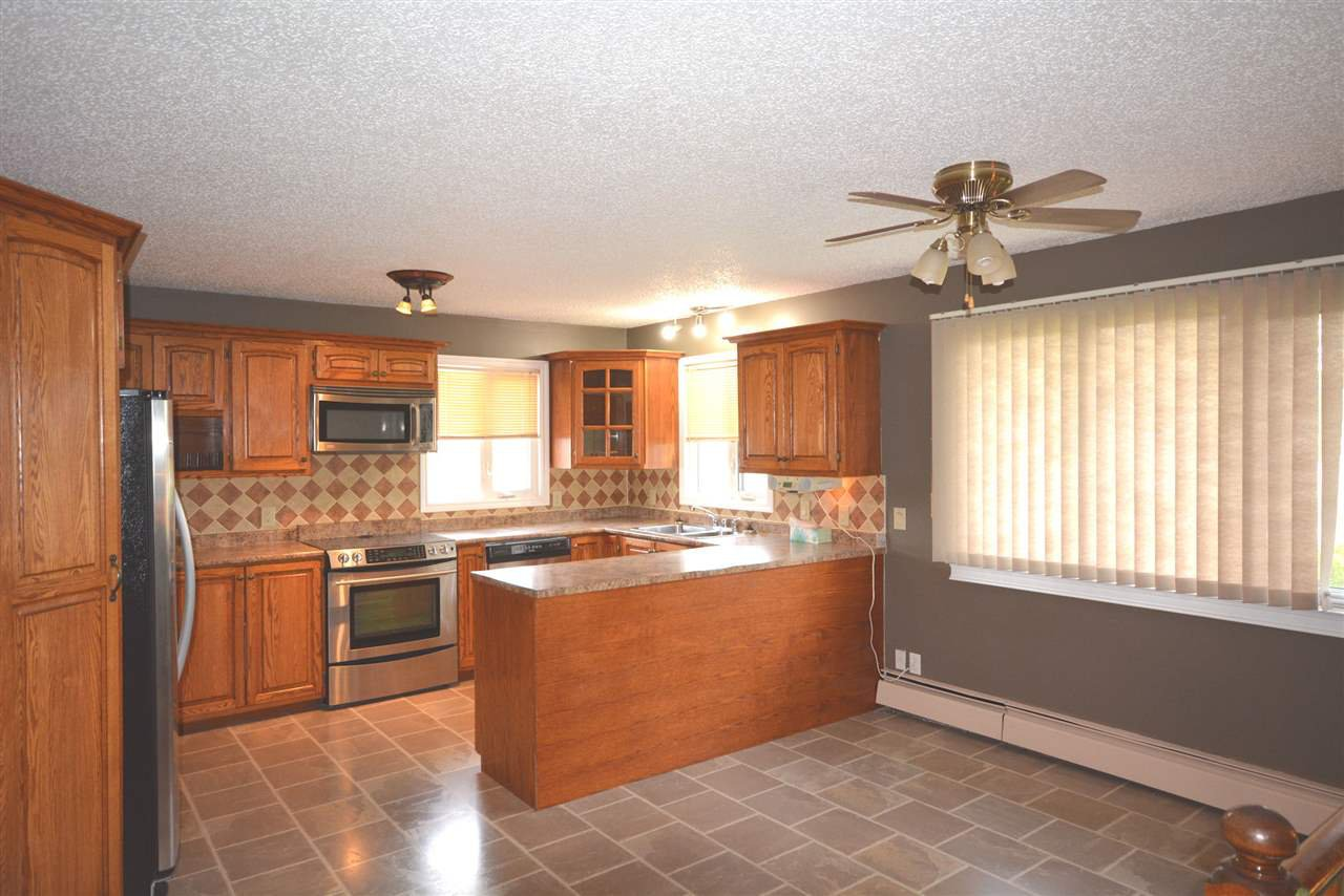 Photo 9: Photos: 12833 OLD HOPE Road in Charlie Lake: Lakeshore House for sale (Fort St. John (Zone 60))  : MLS®# R2416718