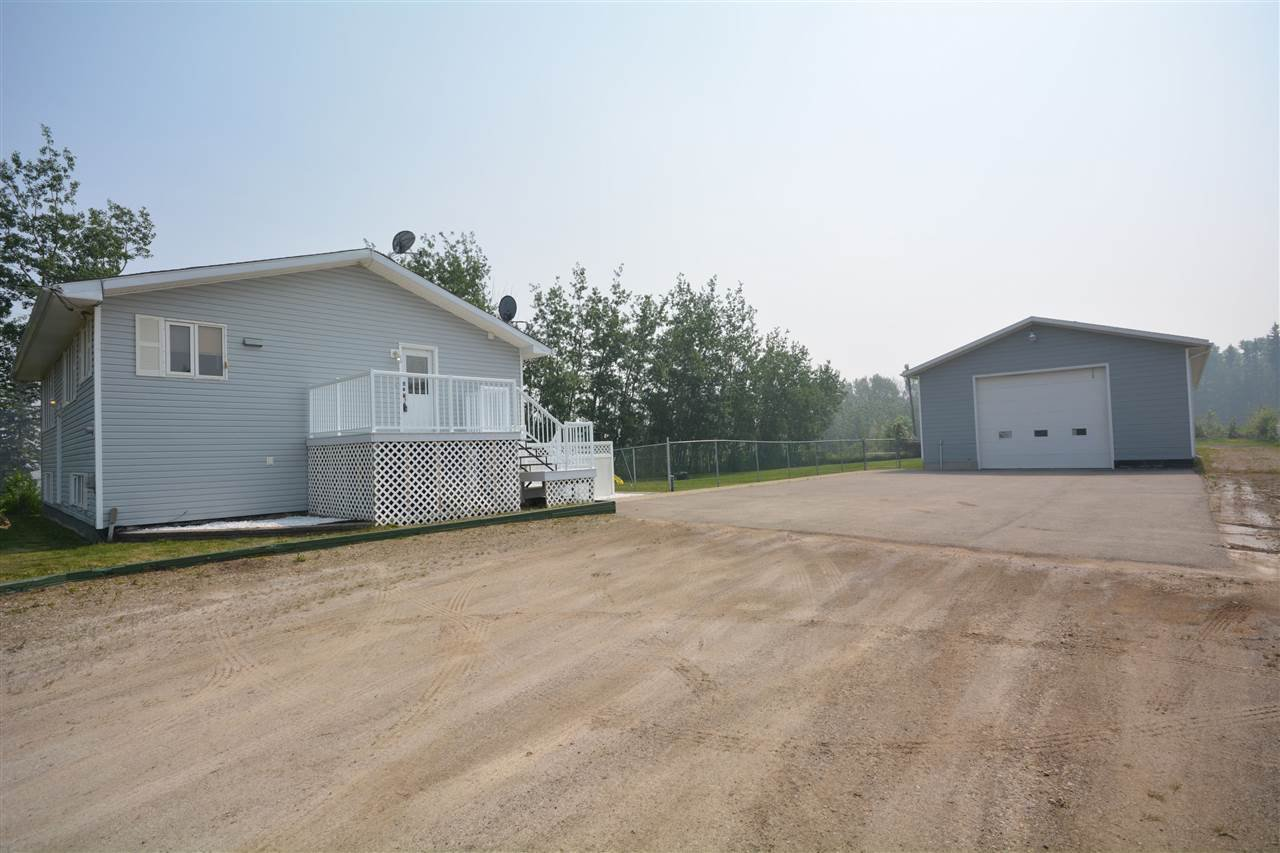 Photo 2: Photos: 12833 OLD HOPE Road in Fort St. John: Fort St. John - Rural W 100th House for sale (Fort St. John (Zone 60))  : MLS®# R2416718