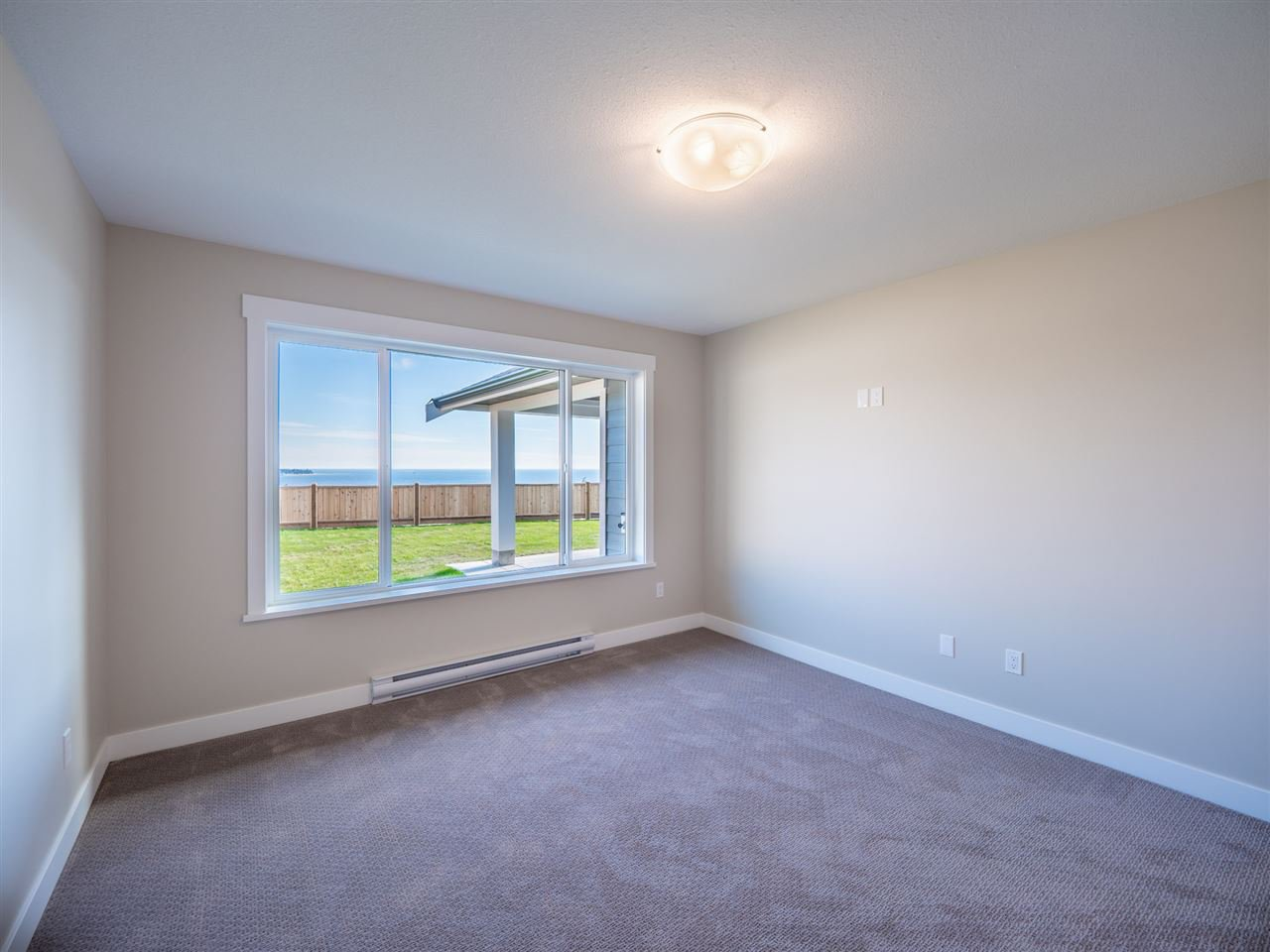 """Photo 15: Photos: 5634 KINGBIRD Crescent in Sechelt: Sechelt District House for sale in """"SilverStone Heights Phase2"""" (Sunshine Coast)  : MLS®# R2466073"""