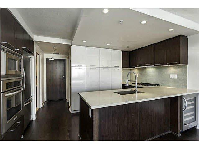 Main Photo: 209 1680 W 4TH AVENUE in : False Creek Condo for sale : MLS®# V1100904