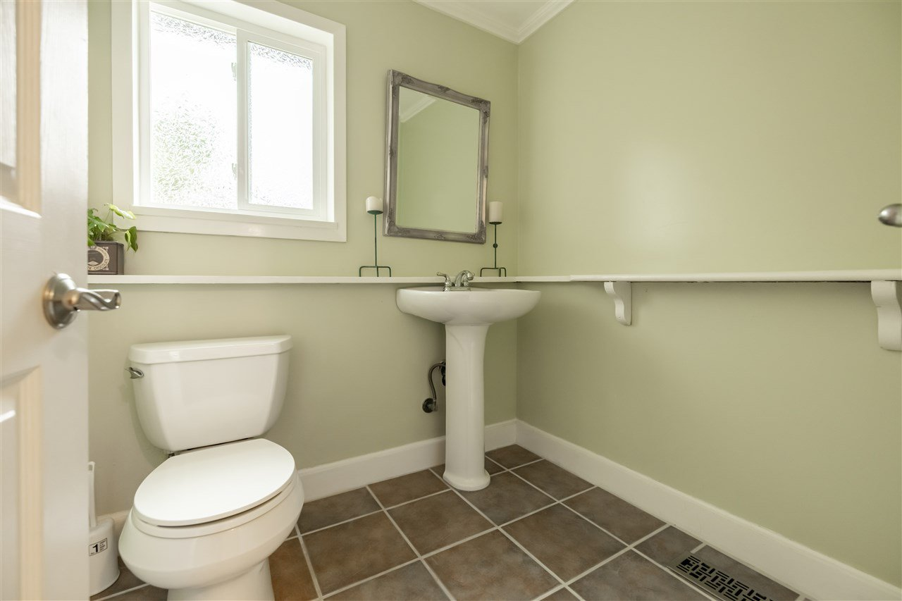 "Photo 14: Photos: 11064 64A Avenue in Delta: Sunshine Hills Woods House for sale in ""SUNSHINE HILLS"" (N. Delta)  : MLS®# R2500699"
