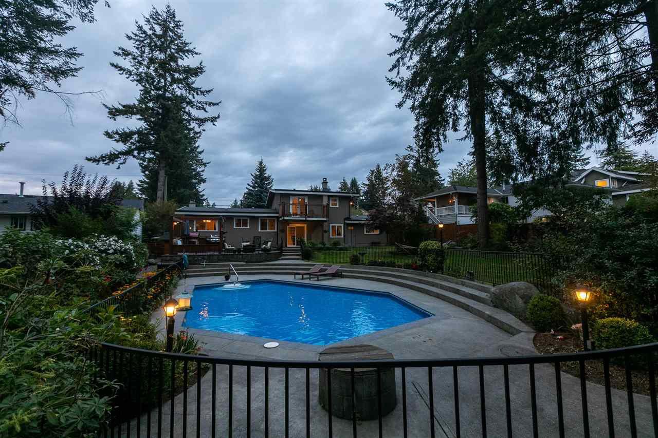 "Photo 38: Photos: 11064 64A Avenue in Delta: Sunshine Hills Woods House for sale in ""SUNSHINE HILLS"" (N. Delta)  : MLS®# R2500699"