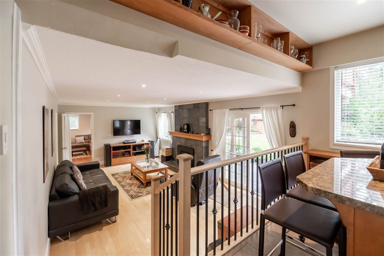 "Photo 9: Photos: 11064 64A Avenue in Delta: Sunshine Hills Woods House for sale in ""SUNSHINE HILLS"" (N. Delta)  : MLS®# R2500699"