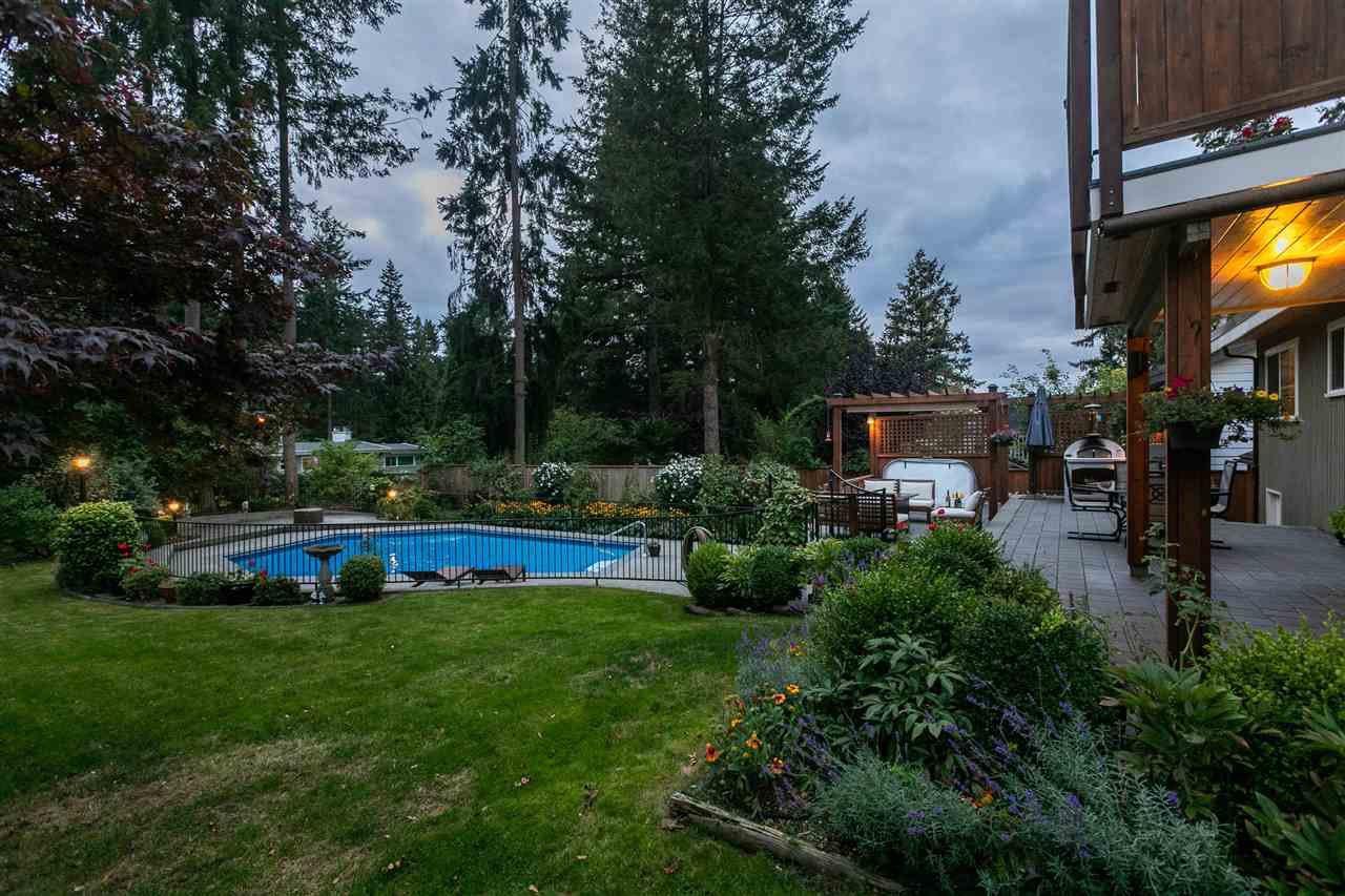 "Photo 35: Photos: 11064 64A Avenue in Delta: Sunshine Hills Woods House for sale in ""SUNSHINE HILLS"" (N. Delta)  : MLS®# R2500699"