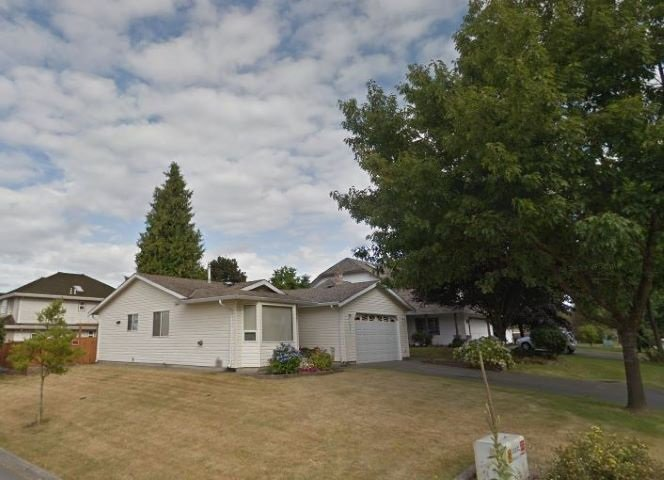 "Main Photo: 5857 169 Street in Surrey: Cloverdale BC House for sale in ""Richardson Ridge"" (Cloverdale)  : MLS®# R2425267"