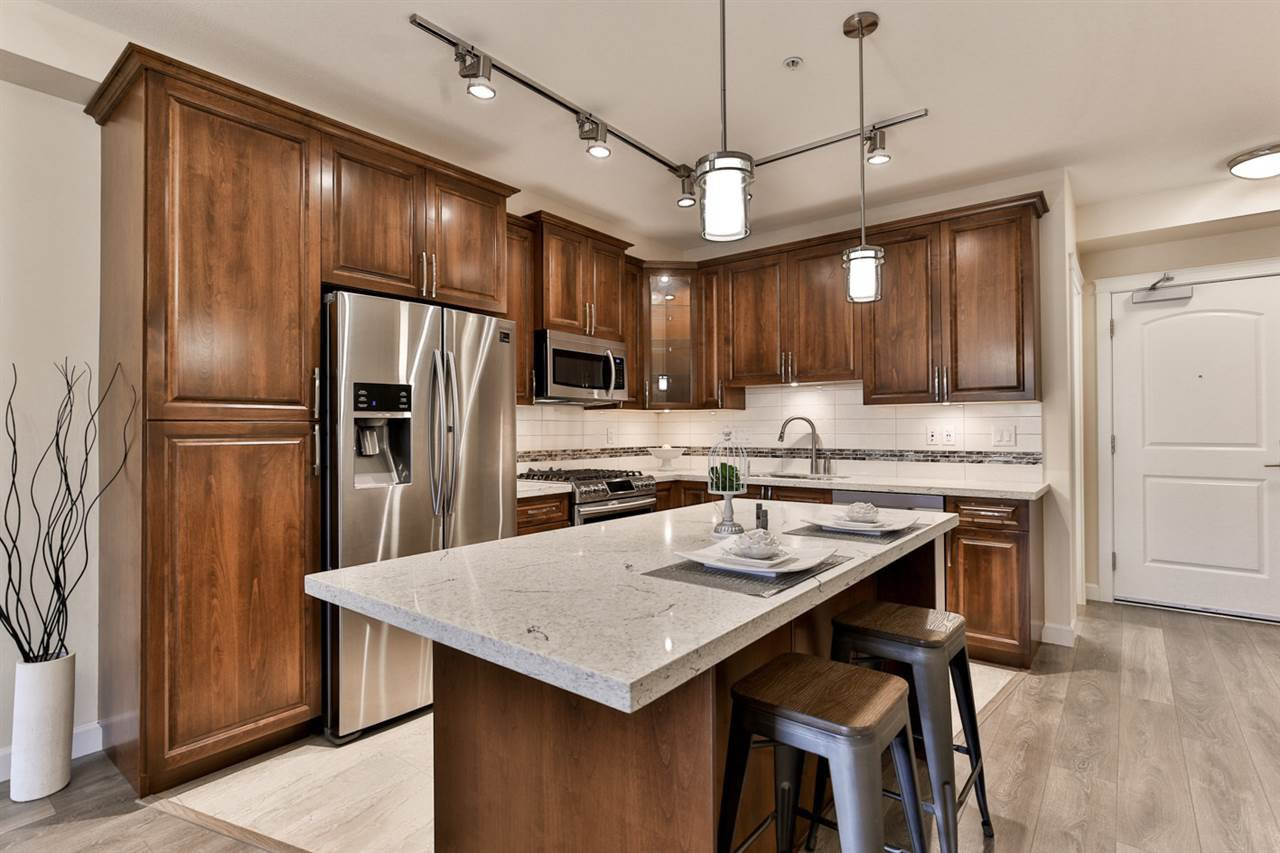 """Main Photo: B323 20716 WILLOUGHBY TOWN CENTRE Drive in Langley: Willoughby Heights Condo for sale in """"Yorkson Downs"""" : MLS®# R2459046"""