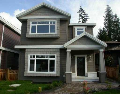 Main Photo: 1522 WESTOVER RD in North Vancouver: Lynn Valley House for sale : MLS®# V530567