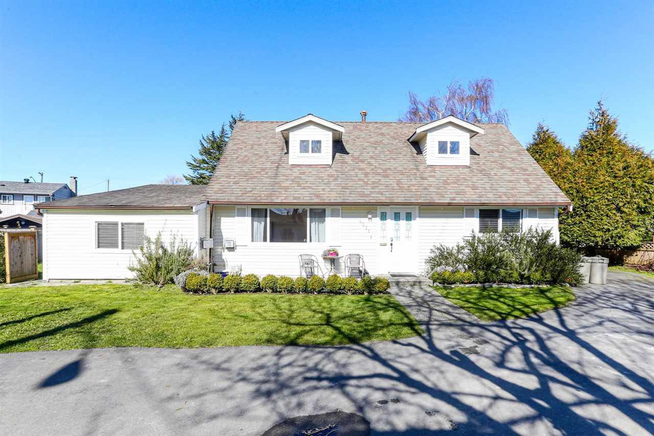 Main Photo: 4351 44B Avenue in Delta: Port Guichon House for sale (Ladner)  : MLS®# R2443789