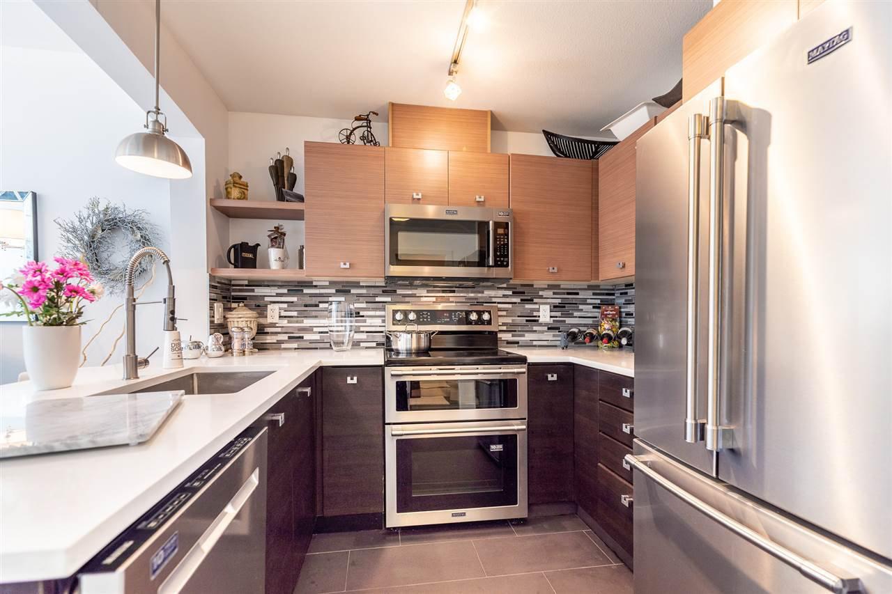"Photo 7: Photos: 218 6628 120 Street in Surrey: West Newton Condo for sale in ""SALUS"" : MLS®# R2488838"