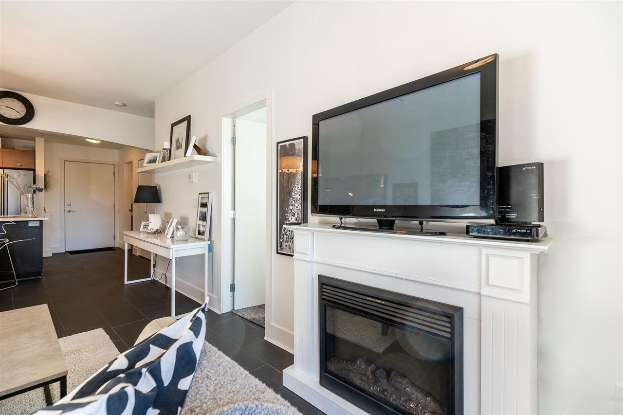 "Photo 5: Photos: 218 6628 120 Street in Surrey: West Newton Condo for sale in ""SALUS"" : MLS®# R2488838"