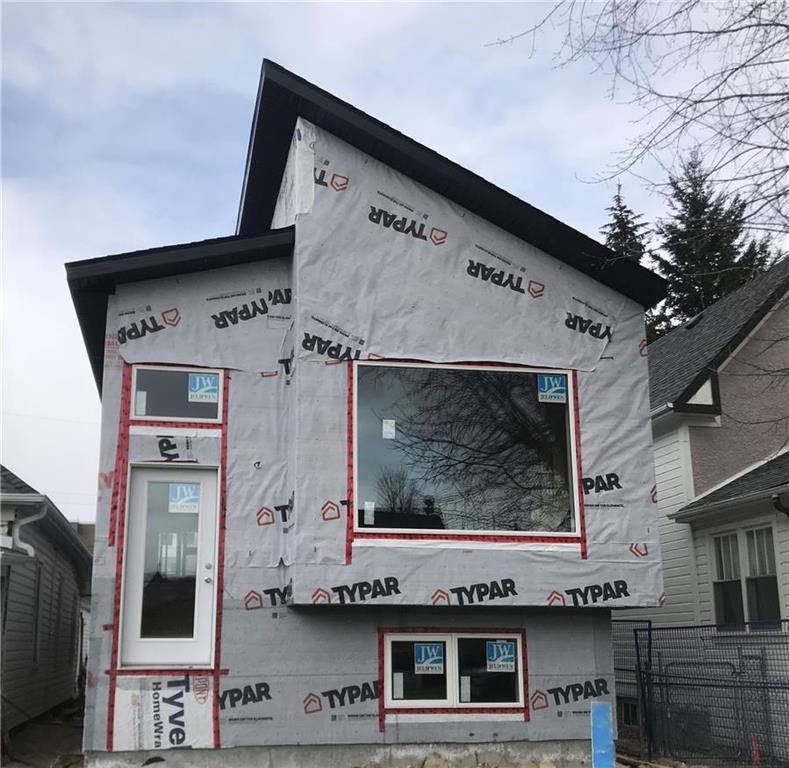 Main Photo: 229 Bowman Avenue in Winnipeg: Elmwood Residential for sale (3A)  : MLS®# 202009077