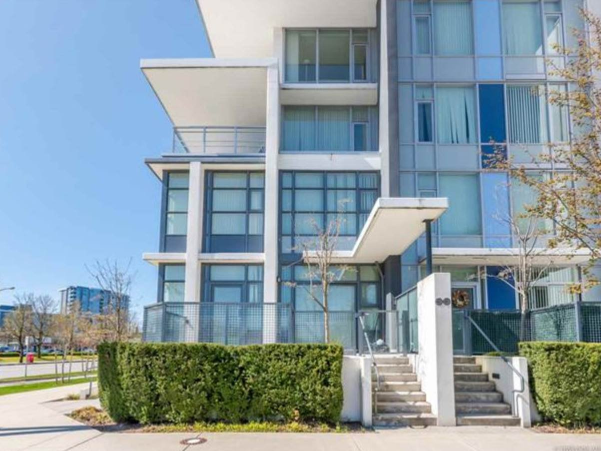 Main Photo: 14 8677 CAPSTAN Way in Richmond: West Cambie Townhouse for sale : MLS®# R2483955