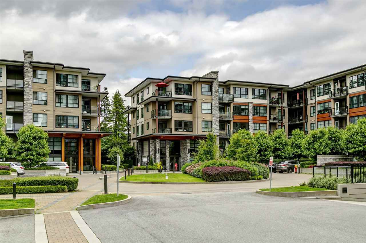 "Main Photo: 314 1152 WINDSOR Mews in Coquitlam: New Horizons Condo for sale in ""PARKER HOUSE AT WINDSOR GATE"" : MLS®# R2495402"