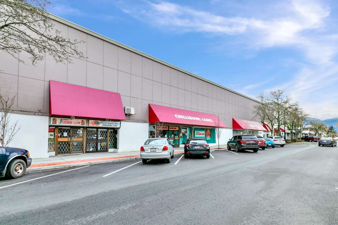Main Photo: 45916 WELLINGTON Avenue in Chilliwack: Chilliwack W Young-Well Business with Property for sale : MLS®# C8035917