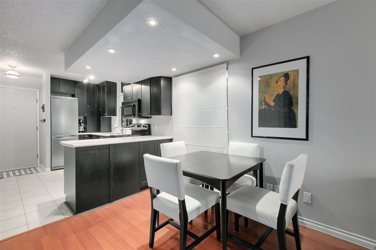 Main Photo: 1 719 E 31ST Avenue in Vancouver: Fraser VE Townhouse for sale (Vancouver East)  : MLS®# R2527482