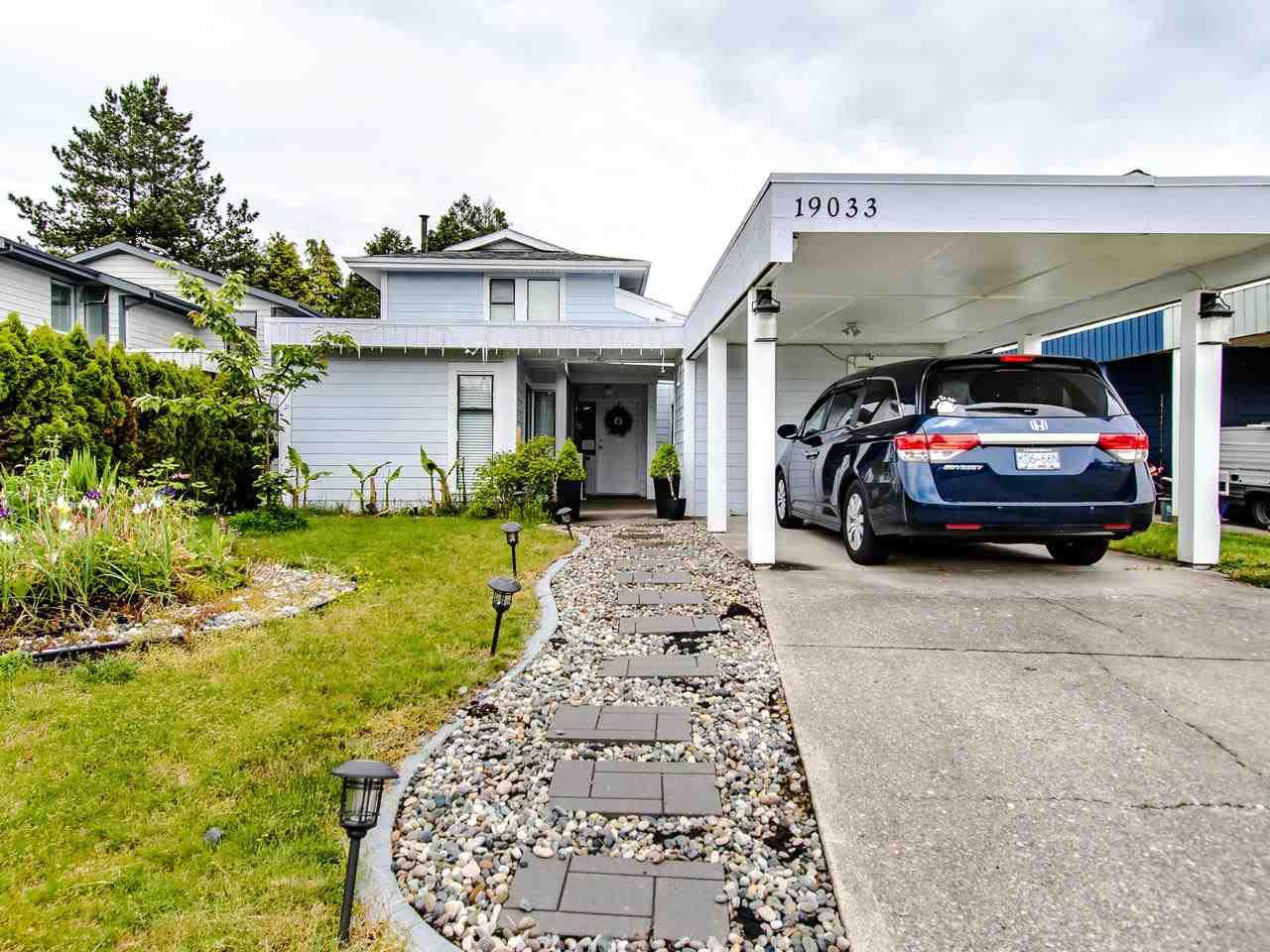 Main Photo: 19033 117A Avenue in Pitt Meadows: Central Meadows House for sale : MLS®# R2465781