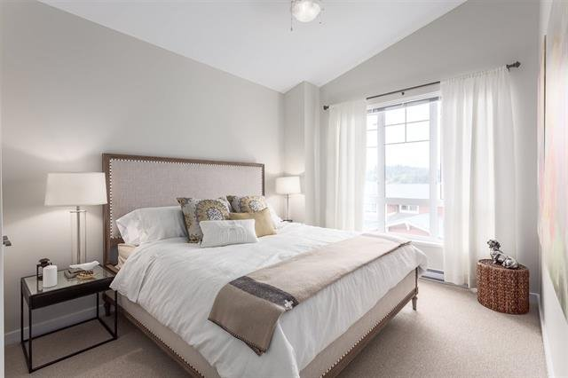 """Photo 7: Photos: 5910 BEACHGATE Lane in Sechelt: Sechelt District Townhouse for sale in """"EDGEWATER AT PORPOISE BAY"""" (Sunshine Coast)  : MLS®# R2397086"""