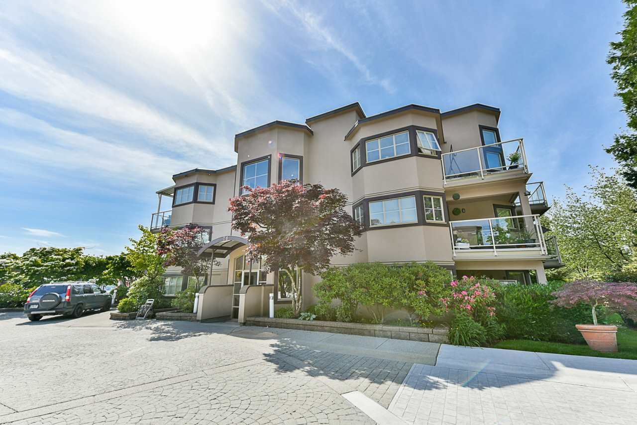 """Main Photo: 302 70 RICHMOND Street in New Westminster: Fraserview NW Condo for sale in """"Governor's Court"""" : MLS®# R2418053"""