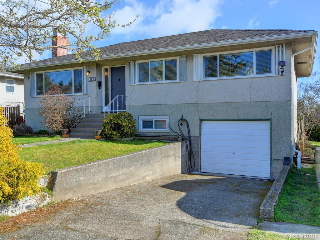 Main Photo: 4145 Birtles Ave in VICTORIA: SW Glanford Single Family Detached for sale (Saanich West)  : MLS®# 835004