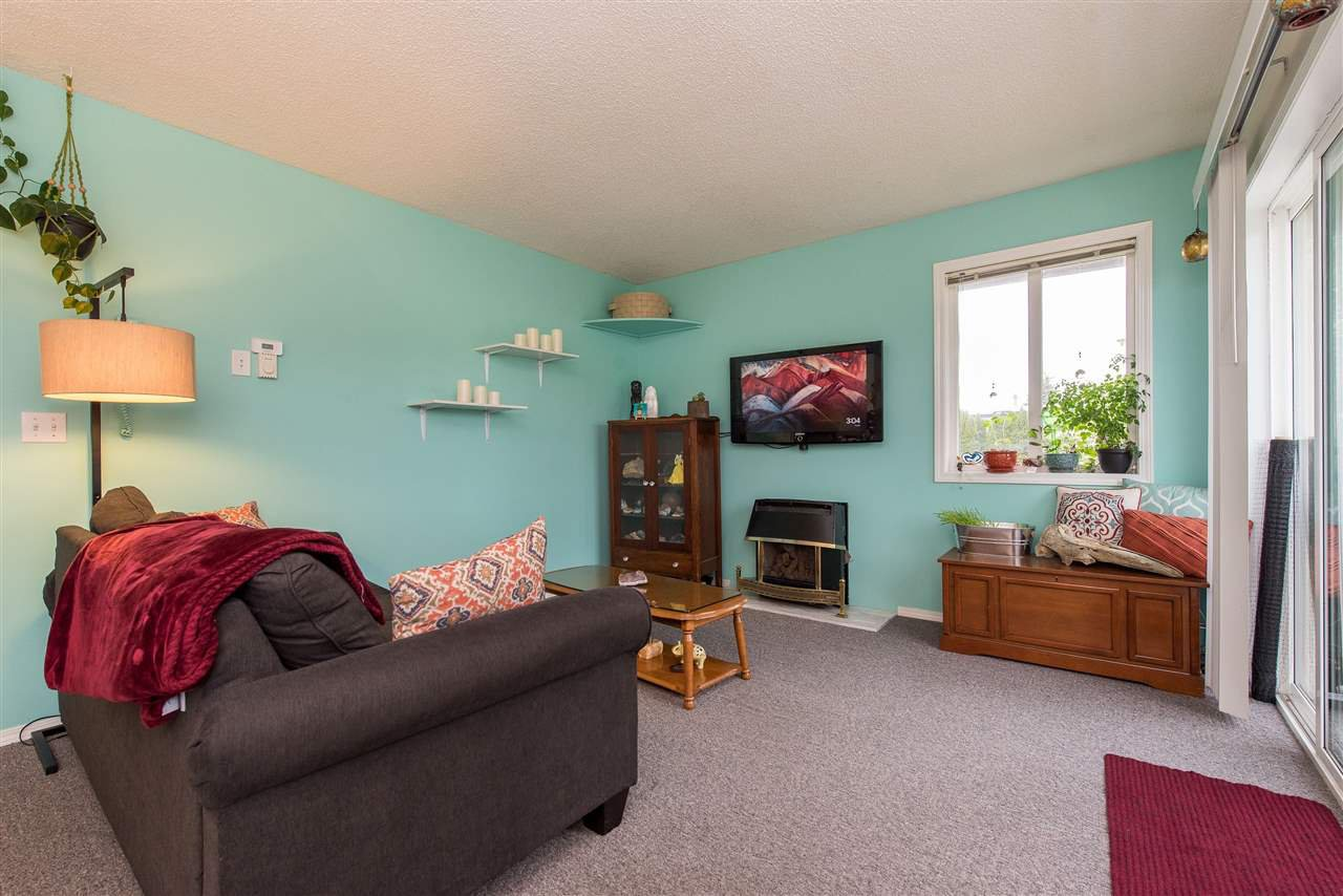 """Photo 7: Photos: 12 46160 PRINCESS Avenue in Chilliwack: Chilliwack E Young-Yale Condo for sale in """"Arcadia Arms"""" : MLS®# R2454006"""