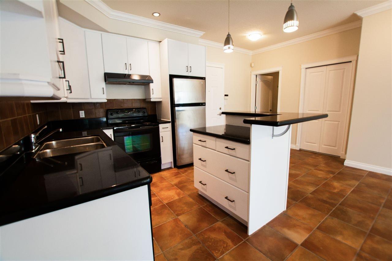 Main Photo: 206 10116 80 Avenue in Edmonton: Zone 17 Condo for sale : MLS®# E4225024