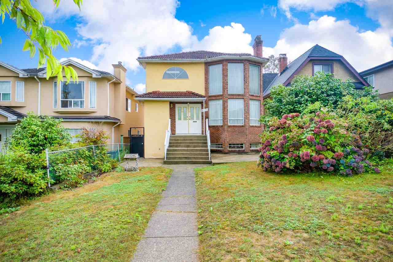 Main Photo: 3078 E 5TH Avenue in Vancouver: Renfrew VE House for sale (Vancouver East)  : MLS®# R2405647