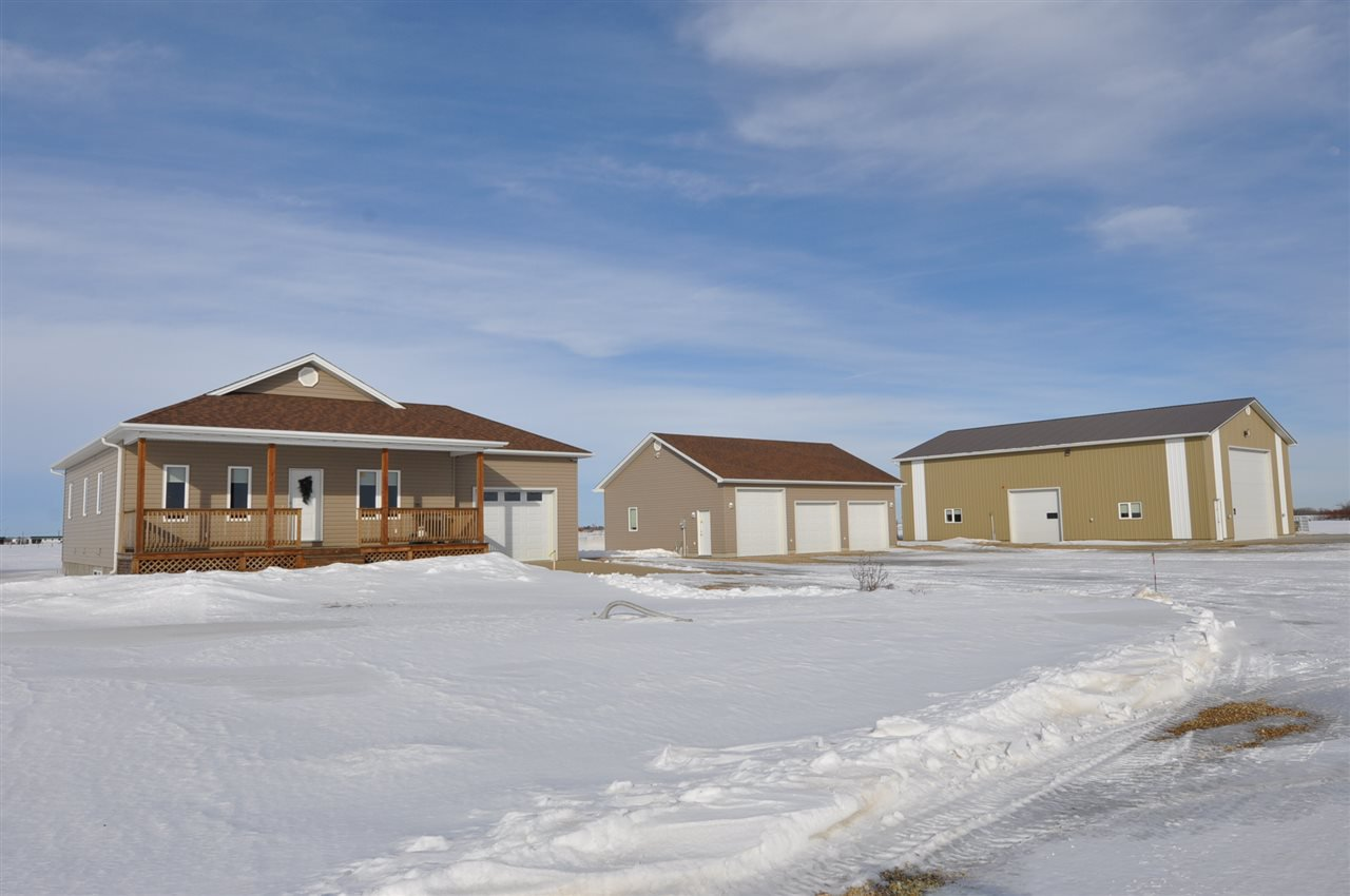 Main Photo: 55409 Rge Rd 262: Rural Sturgeon County House for sale : MLS®# E4189994